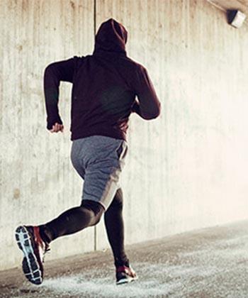 Angajaţi ai companiilor din Palas aleargă pentru încurajarea sportului şi susţinerea educaţiei