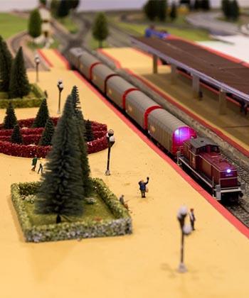 Expoziție de trenulețe și cursuri de modelism feroviar, la Palas Mall