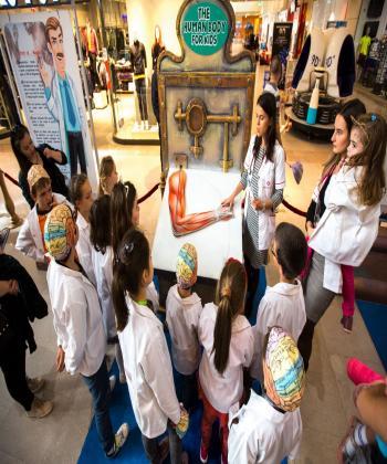Oferă-i copilului tău o experienţă inedită la expoziţia educativă despre corpul uman, de la Iulius Mall!