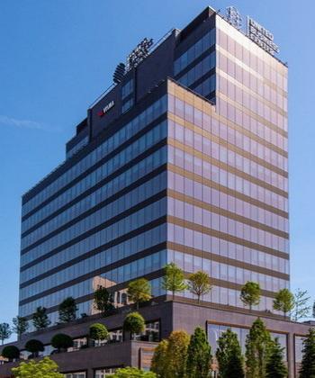 United Business Center 3 din ansamblul Iulius Town Timișoara, singura clădire office certificată LEED Platinum din afara Capitalei