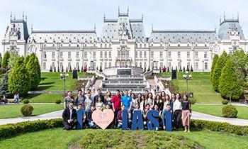 """Peste 450 de studenți au mers în vizită la mari companii, în """"Săptămâna Porților deschise la UBC"""" Palas Iași"""